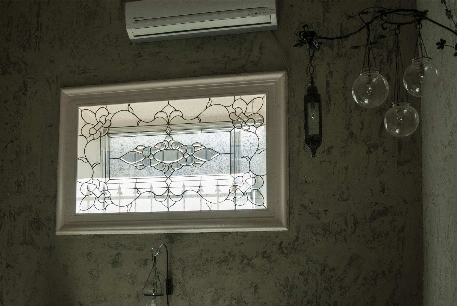 harbi-meyhane2015921165722415.jpg izmir vitray çalışması