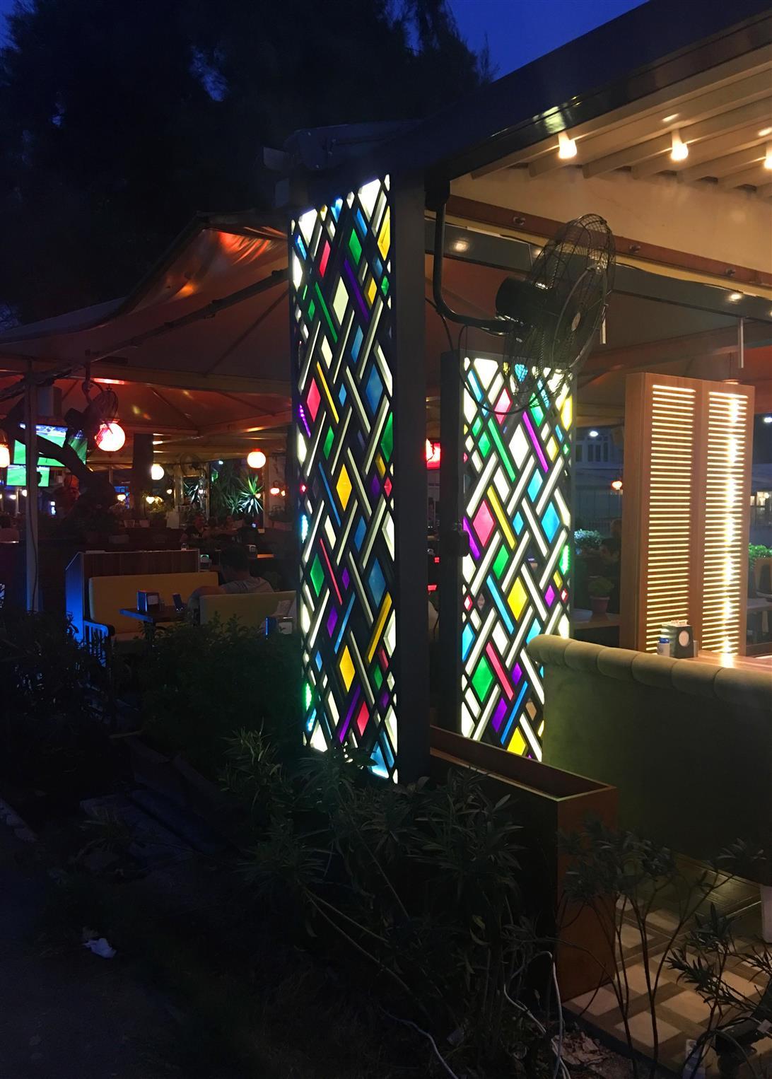 kahve-denizi-cafe-restaurant20171221184531150.jpg izmir vitray çalışması