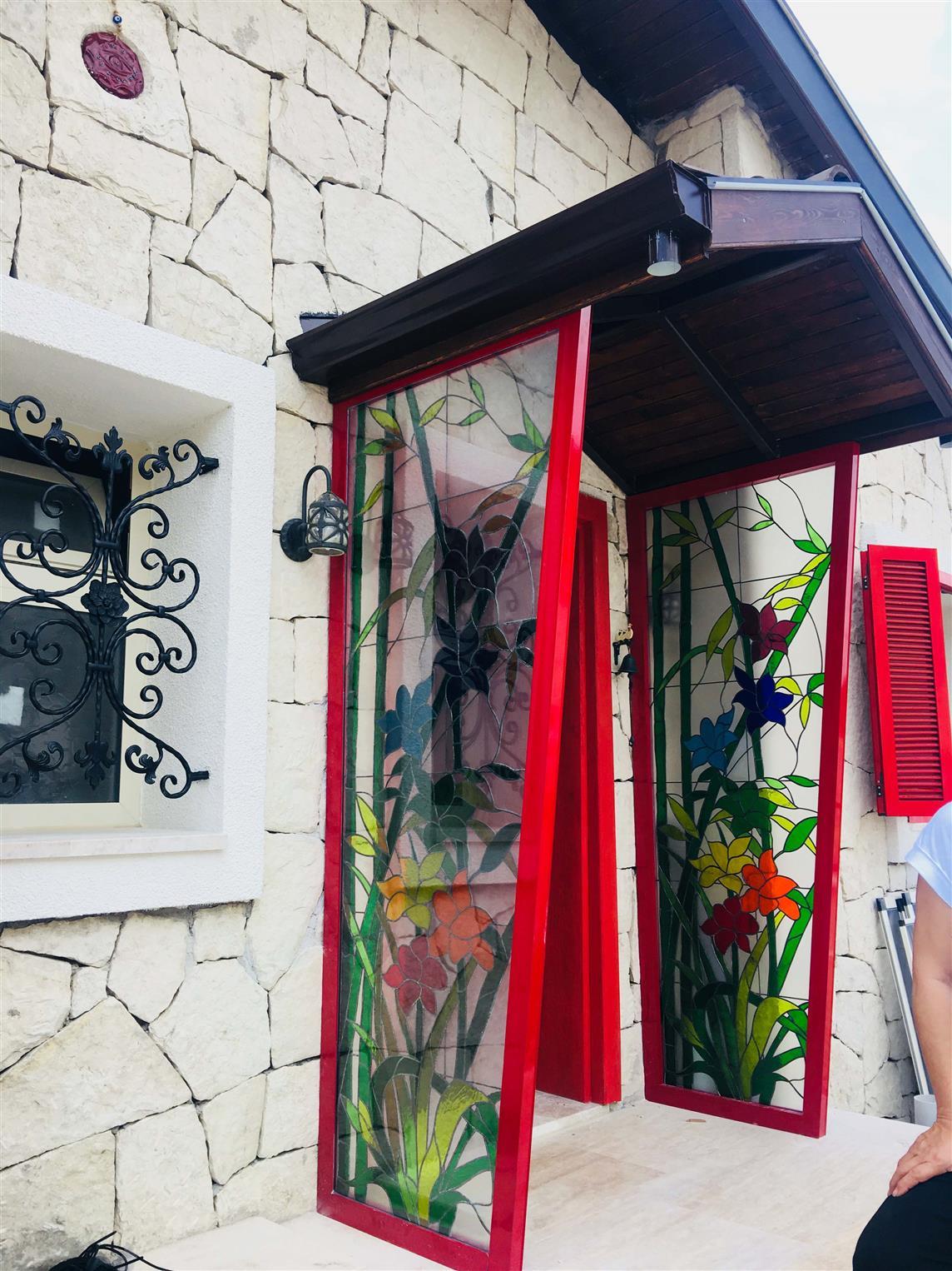 payamli-guzelbahce-villa202012019119829.jpg izmir vitray çalışması