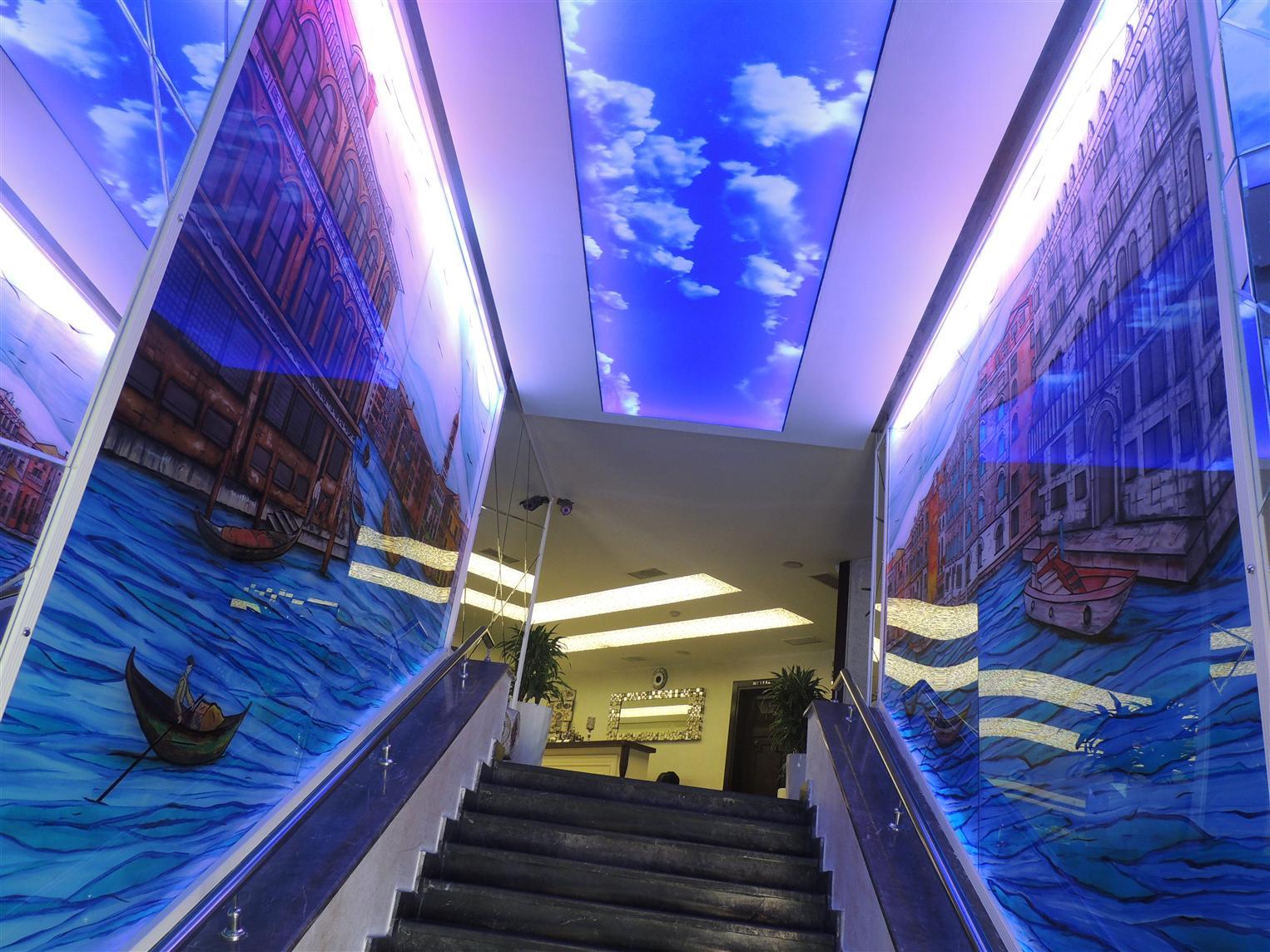 uckuyular-bogazici-restaurant2015921154219805.jpg izmir vitray çalışması