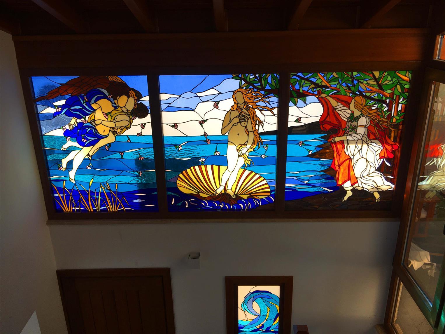 venusun-dogusu-sandro-botticelli-vitray-uyarlamasi-datca-mugla-villa2020120162211740.jpg izmir vitray çalışması