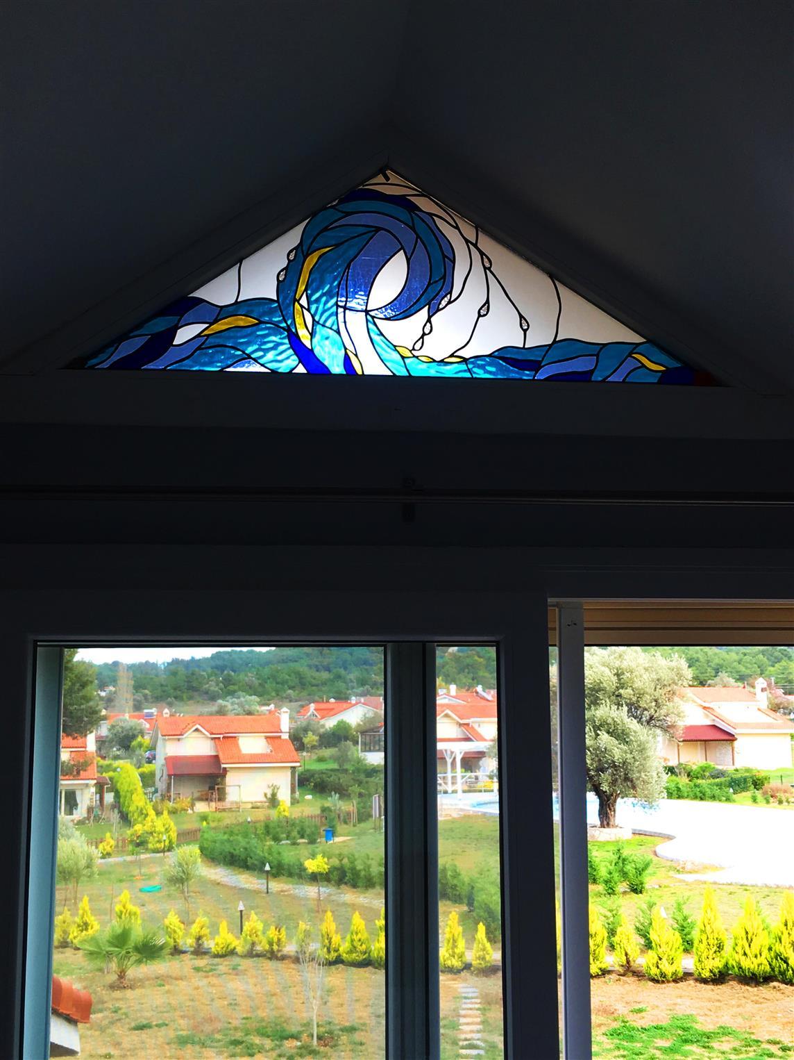 yuvarlak-pencere-vitraylari-urla2017122119398161.jpg izmir vitray çalışması